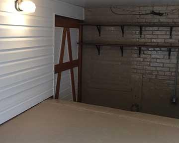 Garage Interior traditional